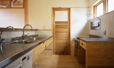 若葉の家 (キッチン ナチュラルな木の造作)