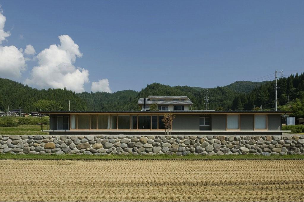 建築家:浦瀬富夫「鮎立の家」