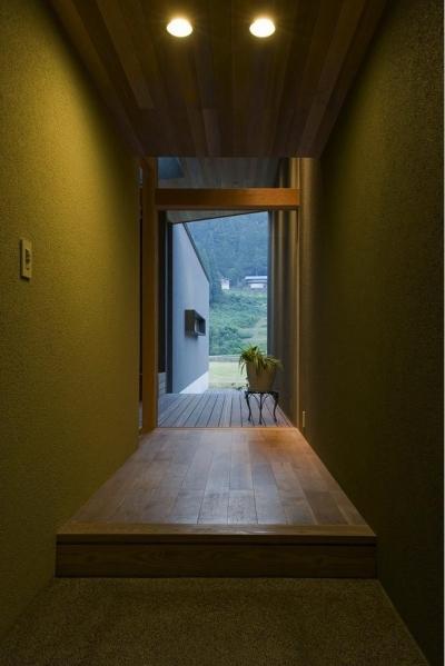 玄関 (鮎立の家)