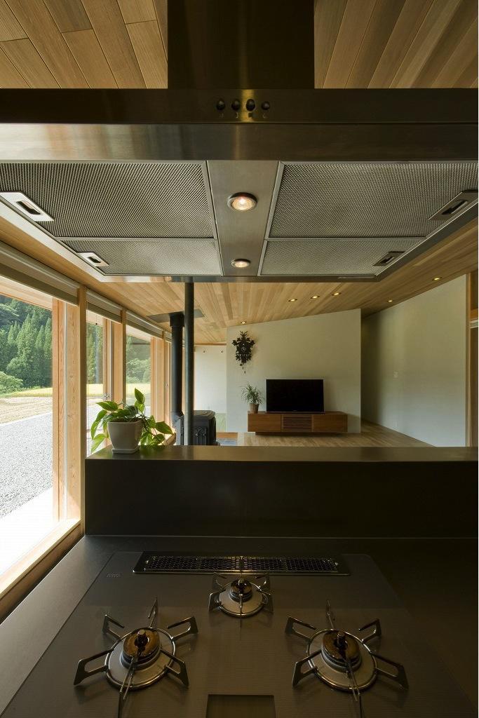 鮎立の家の部屋 キッチンからの眺め