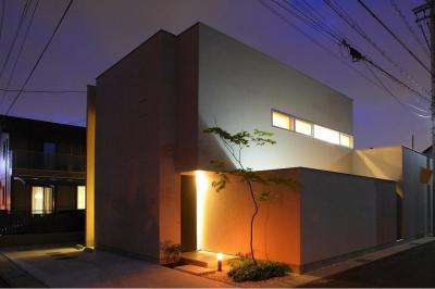 外観夜景 (清須の家)
