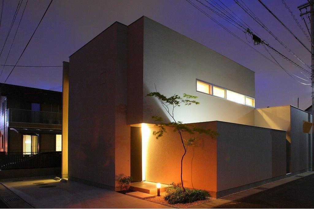 清洲の家の部屋 外観夜景