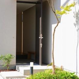 清須の家 (玄関)