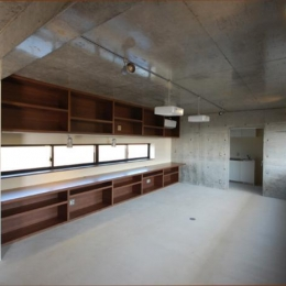 呉羽山を望む事務所兼住宅 (事務室)