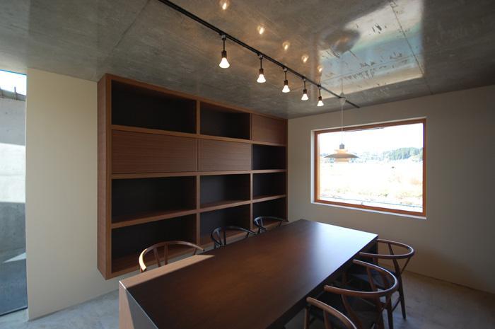 呉羽山を望む事務所兼住宅の部屋 打ち合わせ室1