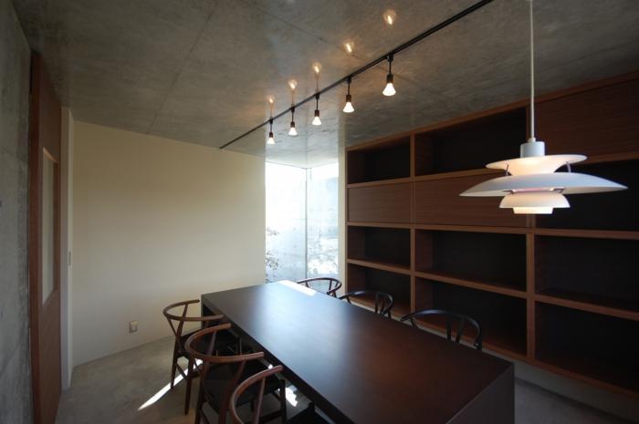 呉羽山を望む事務所兼住宅の部屋 打ち合わせ室2