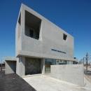 澤田友典の住宅事例「ガラスとコンクリートの対比」