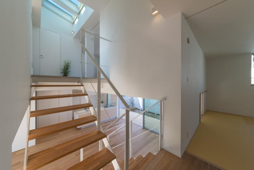 尾張旭の住宅の部屋 階段(撮影:谷川ヒロシ)