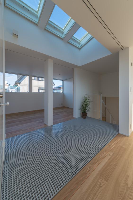 尾張旭の住宅の部屋 階段ホール(撮影:谷川ヒロシ)