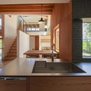 東員の住宅の写真 キッチンからの眺め(撮影:多田ユウコ)