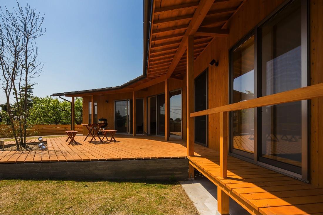 緑苑の家の部屋 ウッドデッキテラス