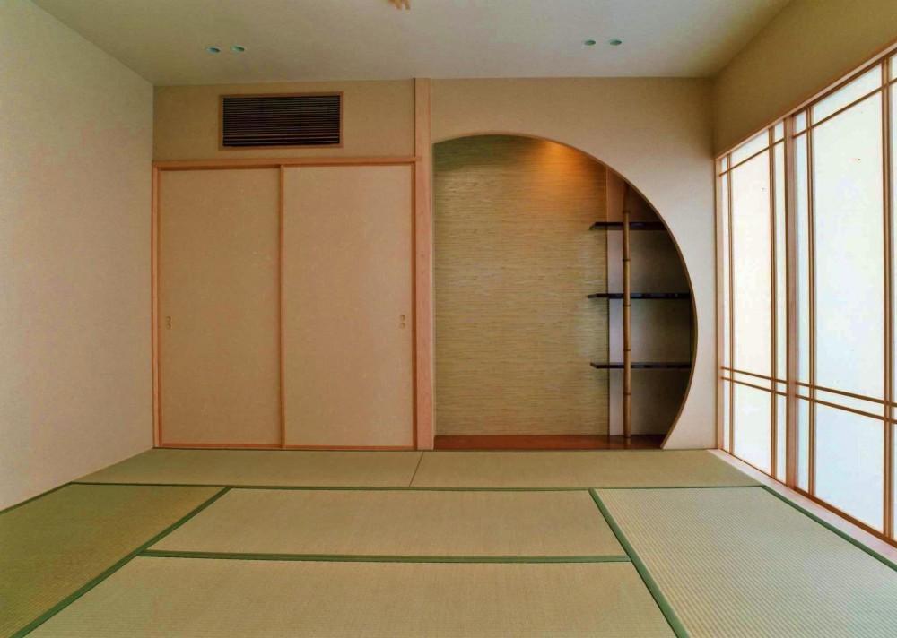建築家:伊藤彰彦「外観のない家」