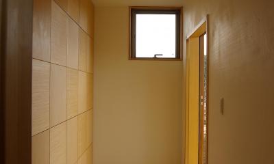 玄関の収納|薪ストーブの木の家 スローライフ