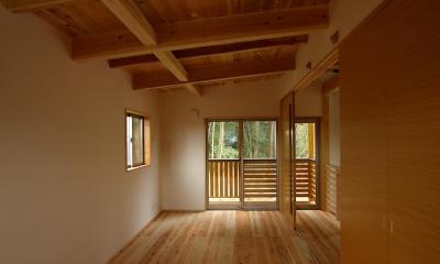 寝室|薪ストーブの木の家 スローライフ