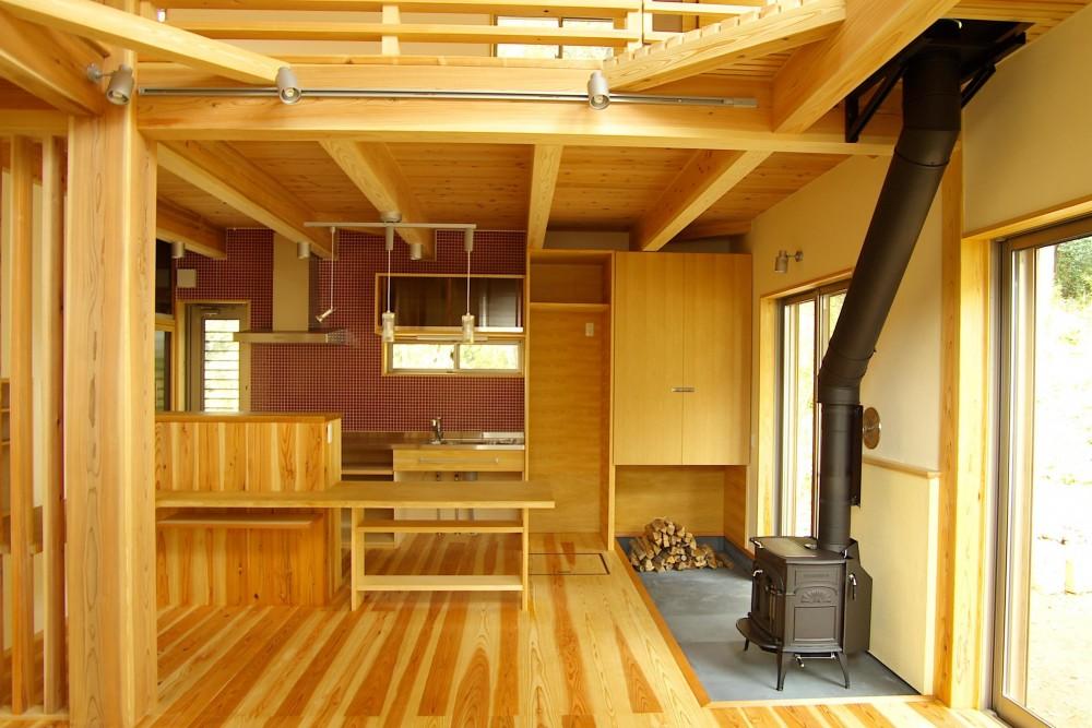 薪ストーブの木の家 スローライフ (ダイニング)