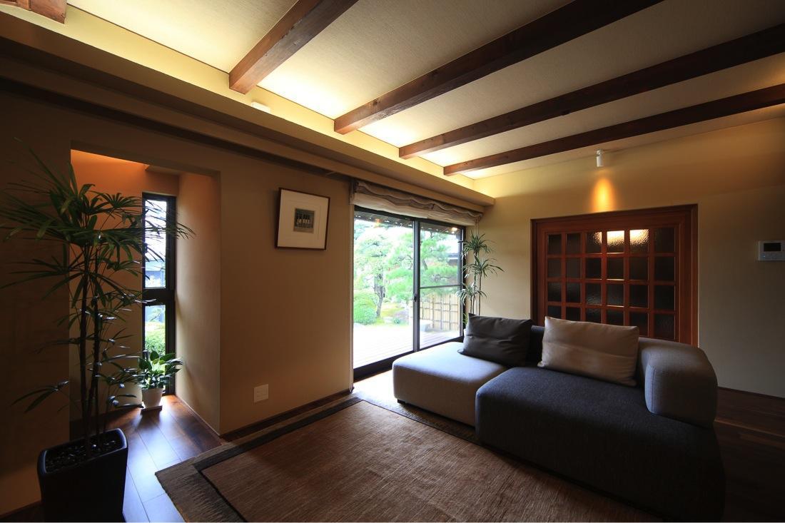 葵の部屋 明るいリビング-2