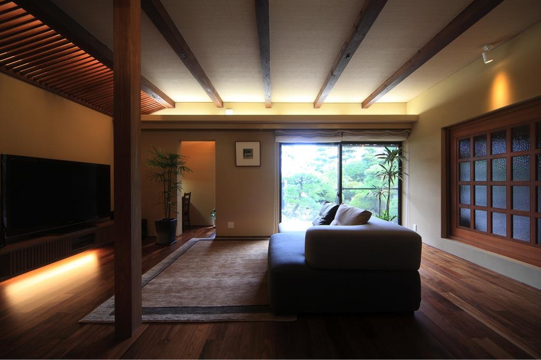 葵の部屋 明るいリビング-3