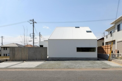 桑名の家 (外観_道路側)