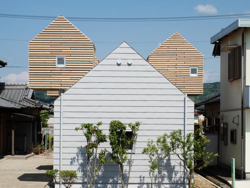 『ソラニワ』〜ソラにつながり、ソラへ向かう住宅〜 (平屋と小屋)