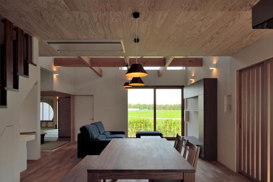 建築家:碇谷規幸「『月と暮らす庵(イエ)』〜浴室・茶室にこだわった和テイストの住まい〜」