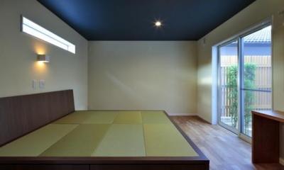 『月と暮らす庵(イエ)』〜浴室・茶室にこだわった和テイストの住まい〜 (畳ベッドの寝室)