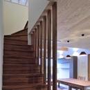 木格子の階段