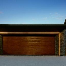 『garden house with garage』〜ガレージ・庭・ホームシアター!趣味を最大限楽しめる住宅〜