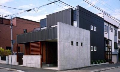 『The OG House』〜大きな高窓がある家〜