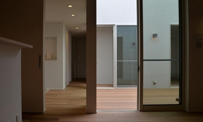 『垂水の平屋』〜中庭のあるシンプル&ナチュラルな住まい〜