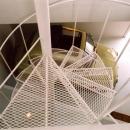 エキスパンドメタルの螺旋階段