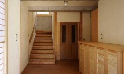 シニア世代の木の家 (玄関)