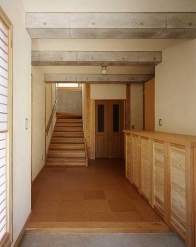 玄関 (シニア世代の木の家)