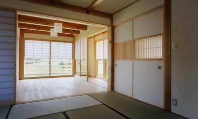 シニア世代の木の家 (寝室)