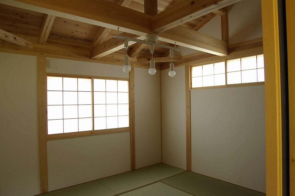 二世帯の木の家 (寝室)