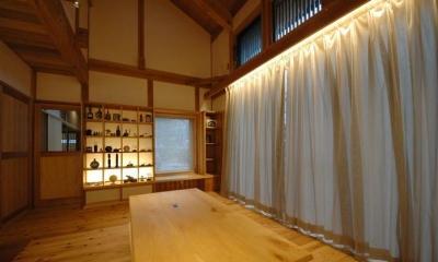 『光陰の家』〜自然素材にこだわった和モダンの家〜 (吹き抜けのリビング)