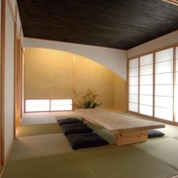 狭小土地に建つ自然素材で造る2世帯住宅 (1階客間の和室)
