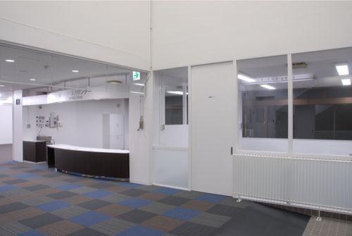 図書館ホール-2 (『前沢図書館改修』〜落ち着く空間づくり〜)