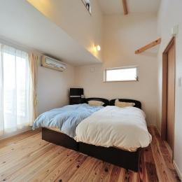 『フリークライマーズ ハウス』〜子供が成長できる夢の住まい〜 (越屋根のあるベッドルーム)