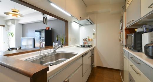 Y邸・自分好みにカスタマイズするマンションリフォームの部屋 対面式キッチン