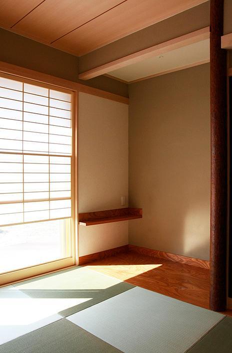 『南加木屋の住宅』〜シルエットの美しい木造2階建住宅〜の部屋 明るい和室