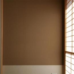 『南加木屋の住宅』〜シルエットの美しい木造2階建住宅〜 (和室・温かみを与える壁)