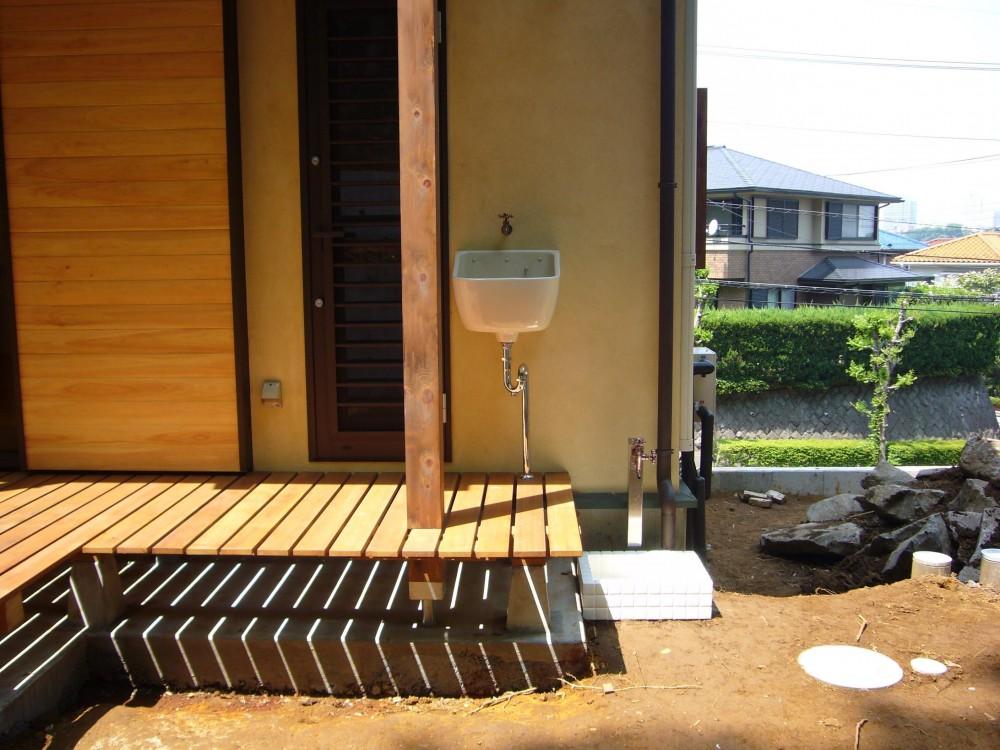 大沢宏「大きな吹き抜けのある木の家」