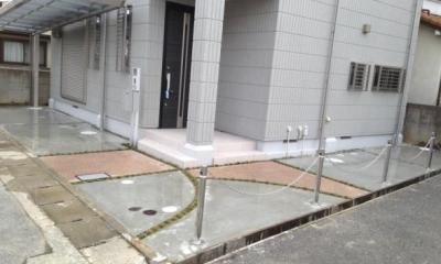 コンクリートと洗い出しの組み合わせアプローチ|アプローチ施工事例集