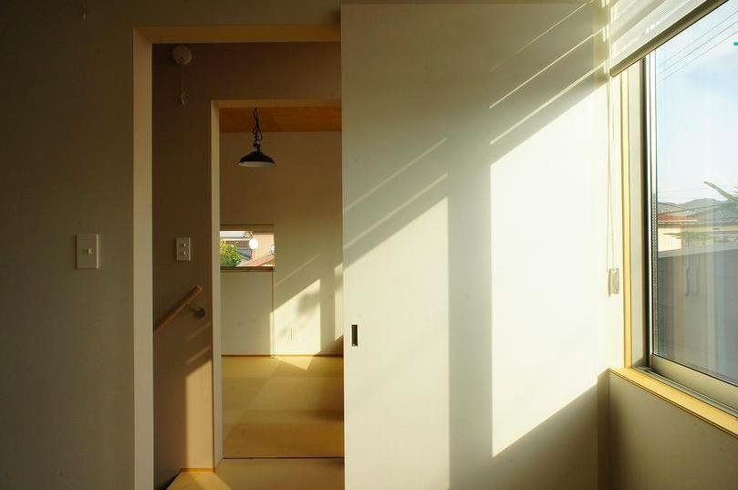 『Danti House』〜光の集まる住まい〜 (光の集まる階段ホール)