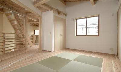 寝室|密集地のコンパクトな家