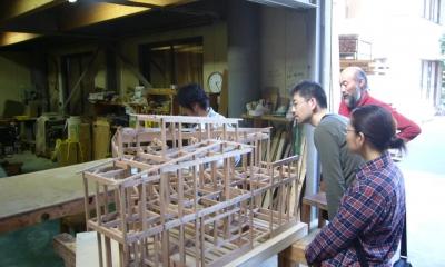 密集地のコンパクトな家 (構造模型)