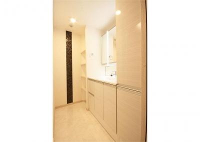 洗面室 (上質感を追求したこだわりの住空間)