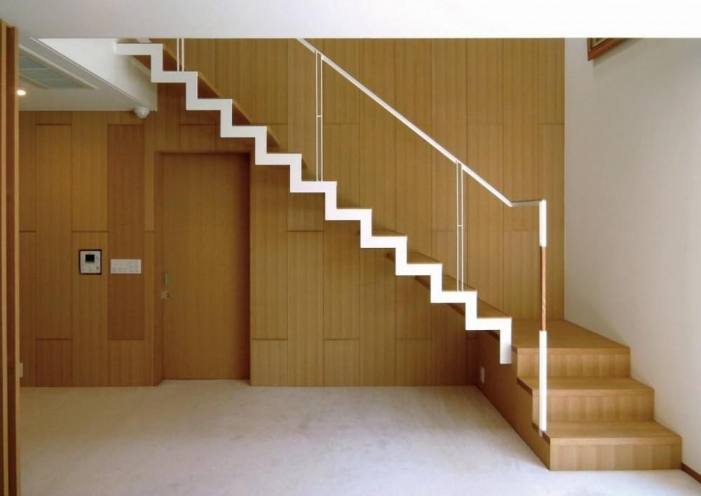 中井の家 (鉄骨階段)