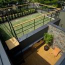 屋上庭園+中庭テラス