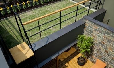 ミドリノイエ (屋上庭園+中庭テラス)